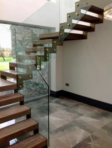 uploads/projects/73/Anthracite grey steel spine stairs main.jpeg